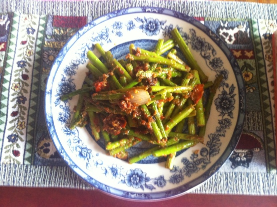 I could eat only sambal asparagus for meals on end